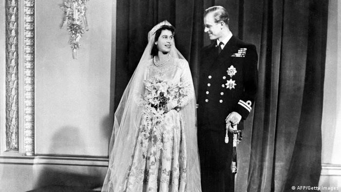 1947: Prinţesa Elisabeta şi Prinţul Philip